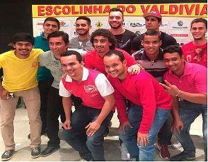 Escolinha-do-Valdivia1x